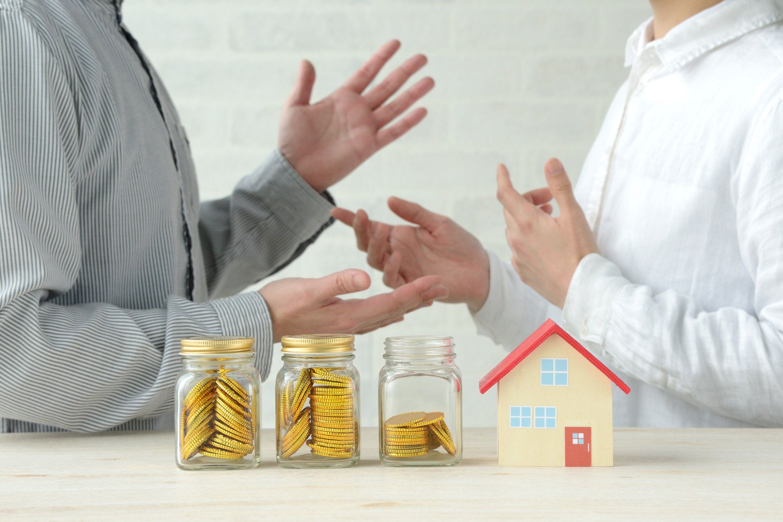 Landlord and tenant discuss lease renewal
